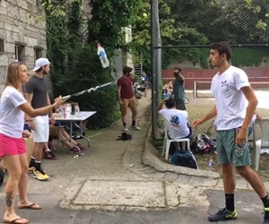 Serious flip bottle skillz w/@mertnaciturker #flipbottle #challenge #courtside #fun #sportsfest17 #bogazici #university #tennis
