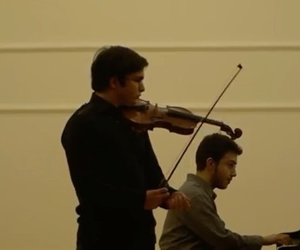 Throwback to when I was sixteen years old...The beautiful Introduction of Saint-Saëns's Rondo Capriccioso with an amazing pianist @cemturkay ???? . . Full video: https://youtu.be/HQlgGL3WF5w . . #violin #classicalmusic #violinist #saintsaens #piano #pianist #music #musician #concert #instamusic #musicvideo #keman #tb #???????