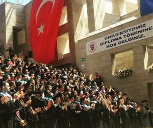 Mezunlarımız Büyük Önder Atatürk'ü alkışlarken Odeon yankılandı. ?#?Bilkent17 #bilkentliolmakayrıcalıktır #mezunlarımızlagururduyuyoruz #bilkent #bilkentüniversitesi #bilkentuniversity #graduation #commencement