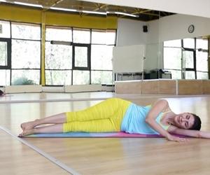 #day #4 bugün yine #cansimidi ni çalıştıralım dedik ?? 30 x 3 set gayet baldır ??. ....................... #pilates #yoga #challenge #obliques @sedagunaltay #bilkentuniversity