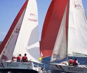 """""""Delphia 24 University Sailing Cup""""ta birinci olan @bilgiyelken Takımı'nı tebrik ederiz. #sailing #BİLGİVar #sail #yelken #university #student #bestoftheday #exploretocreate #winner #champion #video #life #sea #wind"""