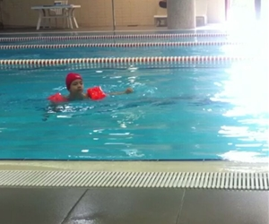#Küçüğüm# yüzerken??